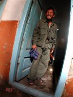※写真/ハマムから出てくる兵士