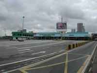 国境だ。シンガポール側→マレーシア側